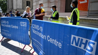 Великобритания със спад на новозаразени и скок на починали от коронавирус