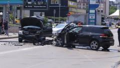 Дете пострада при верижна катастрофа в София