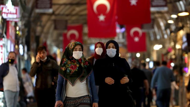 Турция може да удължи тримесечна забрана за съкращения, въведена през