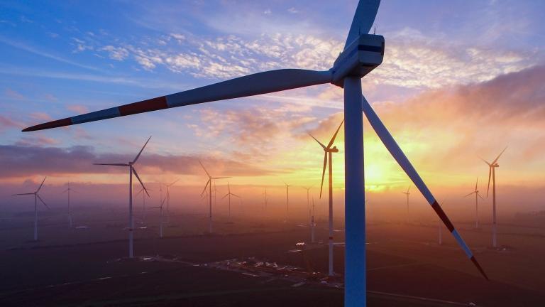 Може ли Индия да стане глобален хъб за износ на вятърни турбини?