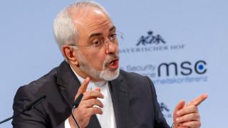 Зариф осъди подновените американски санкции срещу централната банка