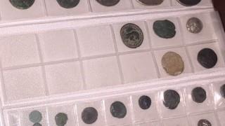 Иззеха незаконни старинни монети и метално острие от къща в село Ивайло