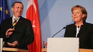 Ердоган и Меркел се срещнаха в Берлин