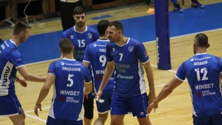 Волейболистите на Левски измиват срама от загубата от Марек със здрави тренировки
