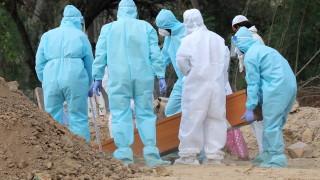 Индия отчете стряскащите над 2000 жертви на коронавируса за денонощие
