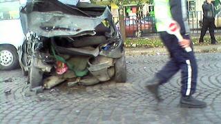 Тежка катастрофа затвори ключово столично кръстовище