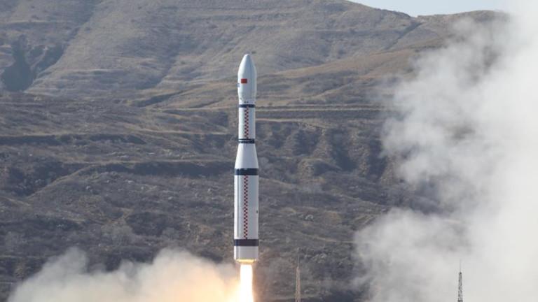 Китай праща в орбита първия в света 6G тестов сателит