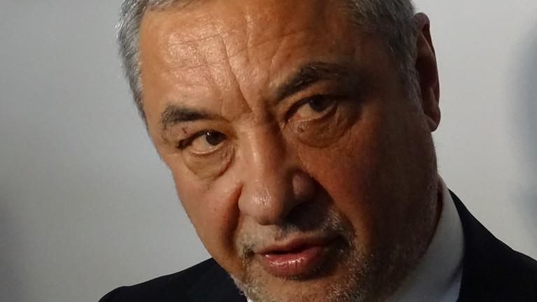Валери Симеонов готви Национална стратегия за развитие на концесиите