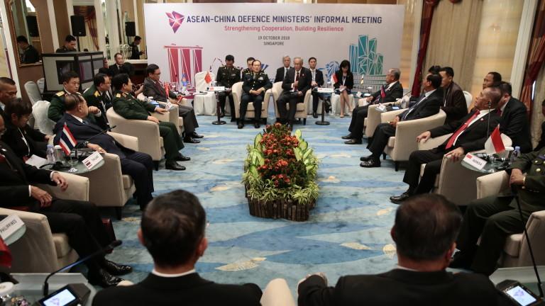 Япония обяви, че със САЩ и Южна Корея ще следят спазването на санкциите към КНДР