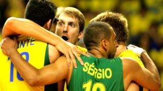 Бразилия бие, пак ни дръпна в класирането