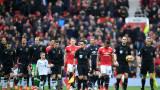Повериха дербито Манчестър Юнайтед - Ливърпул на Майк Оливър