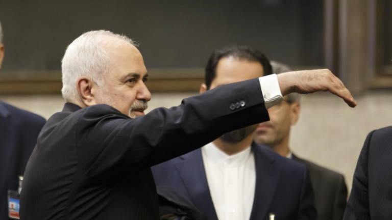 "Иран: САЩ подкрепят ""диктатори, главорези и екстремисти"""