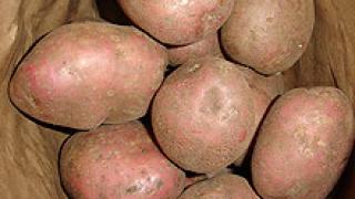 """Коледни проверки """"извадиха"""" 17 т картофи без етикети"""