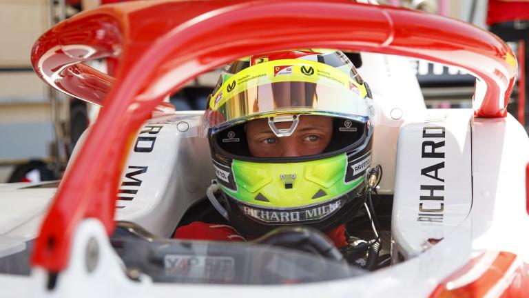 Мик Шумахер дебютира във Формула 2