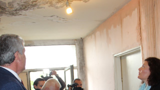 До седмица ремонтират протеклата сграда в Мездра