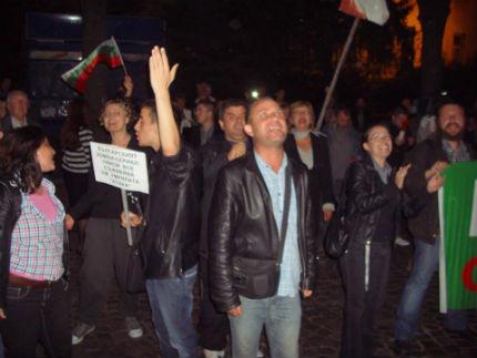 Ден 151 на протестите: Подкрепа за студентите,  Орешарски все така нежелан