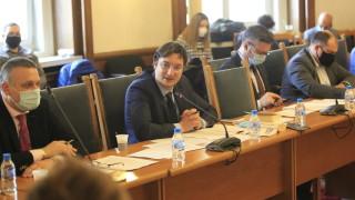 На второ четене в комисия гласуваха независим прокурор да разследва главния
