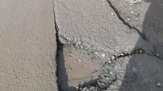 """Продължават ремонтите на улици в кв. """"Възраждане"""" в Бургас"""