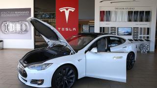 Tesla губи мястото на най-скъп автомобилен производител в САЩ