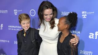 Новата звездна приятелката на децата на Брад и Анджелина