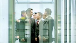 Schindler продава японския си бизнес с асансьори и ескалатори