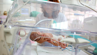 Искат отделни стаи в болниците за майки на недоносени деца