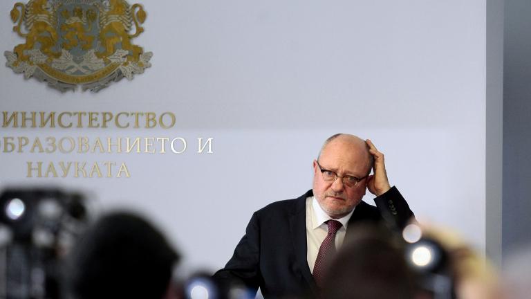 Борисов поиска оставката на министър Танев и екипа му