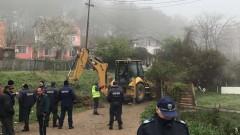 Бутат незаконни къщи в ромския квартал в Стара Загора