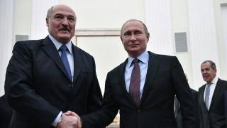 Русия обещава да защити Беларус при санкции от ЕС