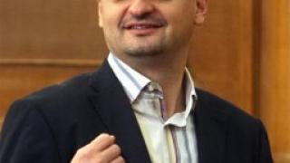 Кирил Добрев: Не унищожавайте партията. Спрете!