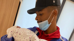 Енрике стана татко, крилото на ЦСКА си има момиченце