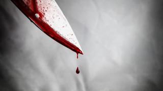 Мъж намушка с нож жена си след скандал в Сливенско