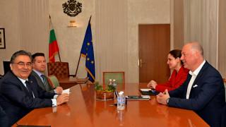 Турският посланик у нас отрече българските тирове да са задържани преднамерено
