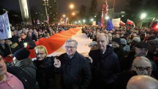 Полският парламент прокара спорен законопроект за дисциплиниране на съдиите