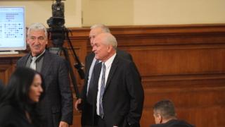 Защо опозицията не е в парламента, възмутиха се ГЕРБ