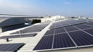 Tesla ще произвежда слънчеви панели в Европа през следващата година
