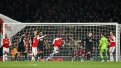 От Арсенал са припомнили на част от звездите си, че трябва да спазват мерките