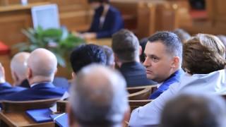 Десислава Атанасова не разбира нуждата от Комисия по ревизия – 2