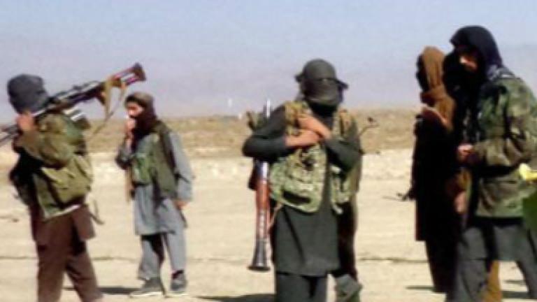 Талибаните отвлякоха и освободиха 150 афганистанци в 3 автобуса