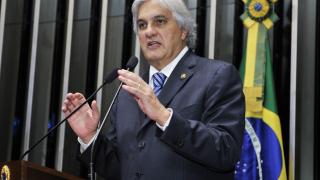 Арестуваха бразилски сенатор заради Petrobras