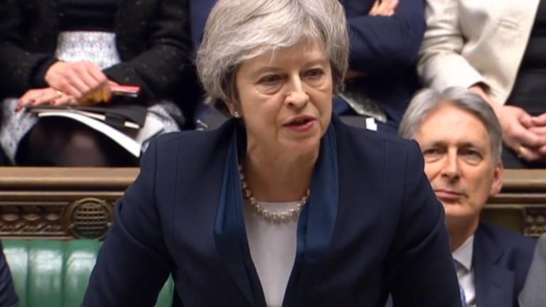 Британските депутати отхвърлиха сделката, договорена от премиера Тереза Мей за