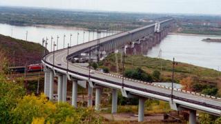 Договорите с ЕЦБ за Дунав мост 2 се удължават до края на 2012 г.