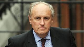 Главният редактор на Daily Mail се оттегля след 26-годишно управление