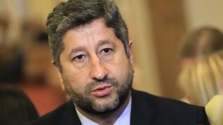 Христо Иванов: Всичко, което се прави с третия мандат, е предизборна борба на Нинова