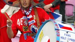 С девет души домакините от Чехия се наложиха с 2:0 над отбора на Англия