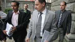 Хиляди българи остават без лични документи за изборите, прогнозира Янев