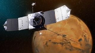 Спътник на НАСА избегна сблъсък с Фобос на Марс