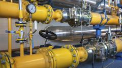 Ако газът поскъпне с 30% от 1 април, скачат цените на тока и парното
