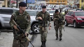 1200 американци евакуирани след насилие на Сен Мартен