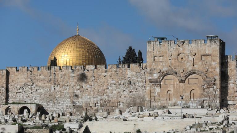 Израел задържа четирима палестински журналисти в Йерусалим